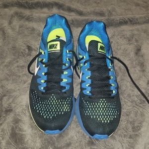 New without tags men nike shoes